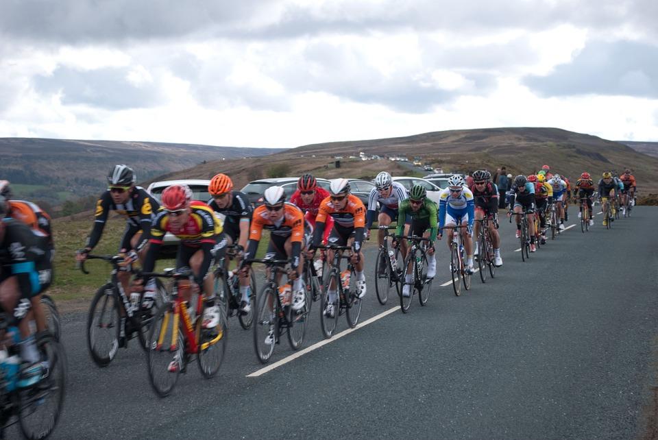 Cyclists on the Tour de Yorkshire